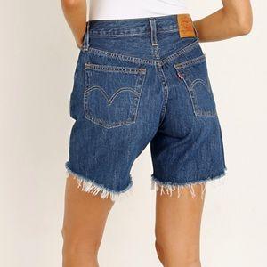 Levi's 501 high rise mid thigh cut off shorts